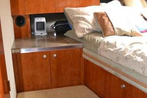 46' Cruisers Yachts 46 Express 2008 Forward Stateroom Storage