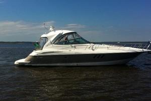 46' Cruisers Yachts 46 Express 2008 Starboard Profile