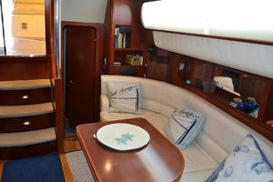 43' Chris-Craft Roamer 2003 Salon
