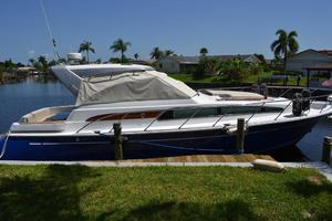 43' Chris-Craft Roamer 2003 Starboard Profile