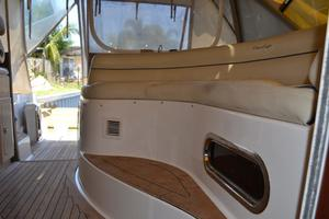 43' Chris-Craft Roamer 2003 Cockpit Seating
