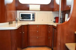 43' Chris-Craft Roamer 2003 Galley