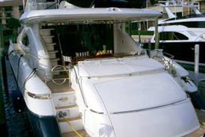 80' Sunseeker Manhattan 80 1999 Stern