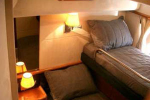 Sunseeker-Manhattan-80-1999-Laura-San-Remo-Italy-Pullman-2-Single-Bunks-924206