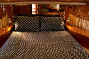 80' Sunseeker Manhattan 80 1999 VIP Suite