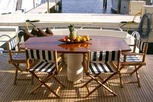 80' Sunseeker Manhattan 80 1999 Aft Deck Dining