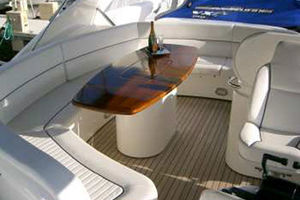 80' Sunseeker Manhattan 80 1999 Bridge Seating