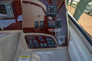 33' Sea Ray 330 Sundancer 2008 2008 Sea Ray 330 Sundancer-7.jpg