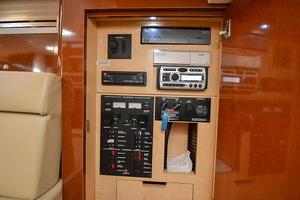 33' Sea Ray 330 Sundancer 2008 2008 Sea Ray 330 Sundancer-19.jpg