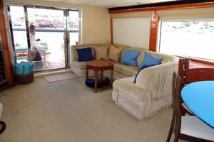 81' Cheoy Lee Bravo 81 2002 Salon Looking Aft