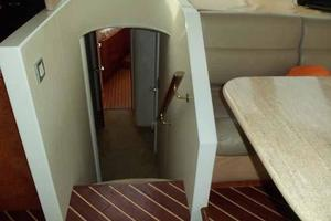 81' Cheoy Lee Bravo 81 2002 Forward Cabin Entrance