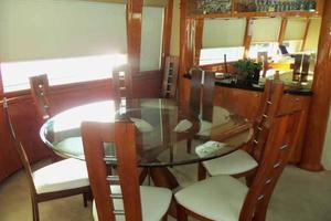 81' Cheoy Lee Bravo 81 2002 Salon Dining