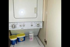 81' Cheoy Lee Bravo 81 2002 Laundry