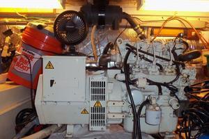 46' Dyna Craft Double Cabin M/Y 1988 Generator