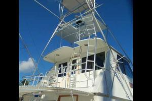 60' Hatteras Convertible/Enclosed FB 1979 Tower Detail Aft