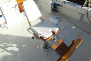 60' Hatteras Convertible/Enclosed FB 1979 Fighting Chair
