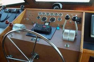 60' Hatteras Convertible/Enclosed FB 1979 Helm Detail