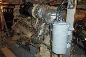 60' Hatteras Convertible/Enclosed FB 1979 Starboard Engine