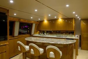 76' Viking 76 Enclosed 2010 Galley, Island with Stools