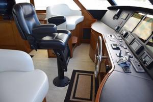 76' Viking 76 Enclosed 2010 Bridge Helmseat and Riding Seats