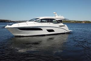 46' Sea Ray 460 Sundancer 2017