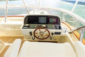 97' Vicem Motor Yacht 2007 Flybridge Helm