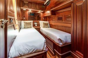 97' Vicem Motor Yacht 2007 Twin Guest Stateroom