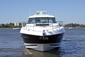 54' Sea Ray 540 Sundancer 2011 bow