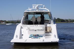 54' Sea Ray 540 Sundancer 2011 stern