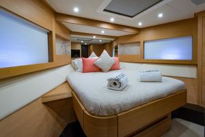 64' Pershing 64 2009 Forward Stateroom