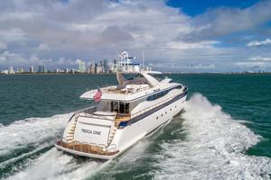 108' Viking Sport Cruisers  2002 Starboard Aft
