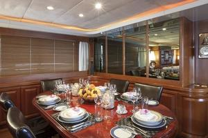109' Azimut 105 Fly 1991 Dining Area