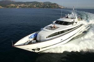 109' Azimut 105 Fly 1991 Port Profile Running