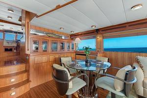 70' Marlow 70e 2008 Dining