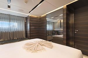 123' Admiral Motor Yacht 2014 VIP Stateroom 1