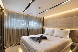 123' Admiral Motor Yacht 2014 Queen Stateroom
