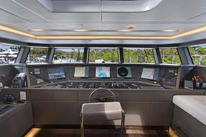 123' Admiral Motor Yacht 2014 Pilothouse