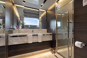 123' Admiral Motor Yacht 2014 Second Master Bath