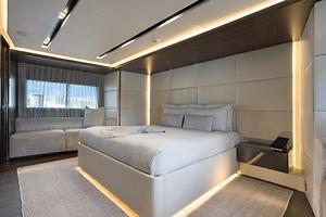 123' Admiral Motor Yacht 2014 Master Stateroom