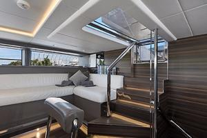 123' Admiral Motor Yacht 2014 Pilothouse Seating