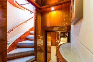78' Ocean Alexander 74' Pilothouse Motor 2010 Foyer