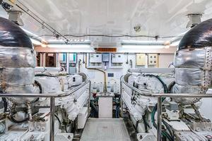 78' Ocean Alexander 74' Pilothouse Motor 2010 Engine Room