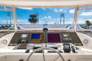 78' Ocean Alexander 74' Pilothouse Motor 2010 Flybridge Helm