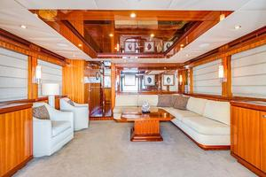 78' Ocean Alexander 74' Pilothouse Motor 2010 Salon
