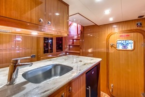 65' Hampton Endurance 658 2017 Crew Cabin Galley
