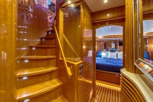 65' Hampton Endurance 658 2017 Stairs from Main Deck