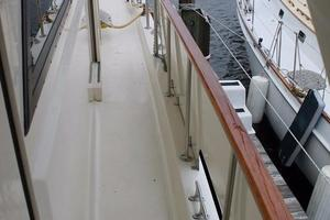 Hatteras-Motoryacht-1984-Proud-Mary-Annapolis-Maryland-United-States-Side-Deck-920816