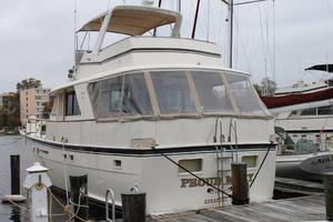 53' Hatteras Motoryacht 1984 Port Side