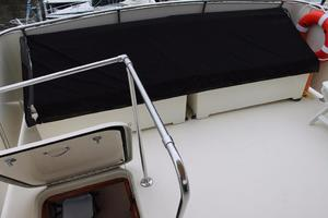 53' Hatteras Motoryacht 1984 Flybridge Aft Seating