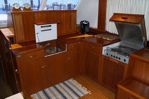54' Rybovich Convertible 1970 Galley